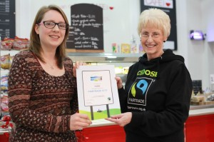 Cllr Linsay Cunninghm-Cross and Forum Chair Kathryn Tissiman with new certificate